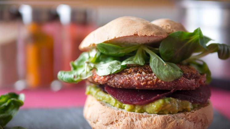 cookinmovie-falafel-burger-3