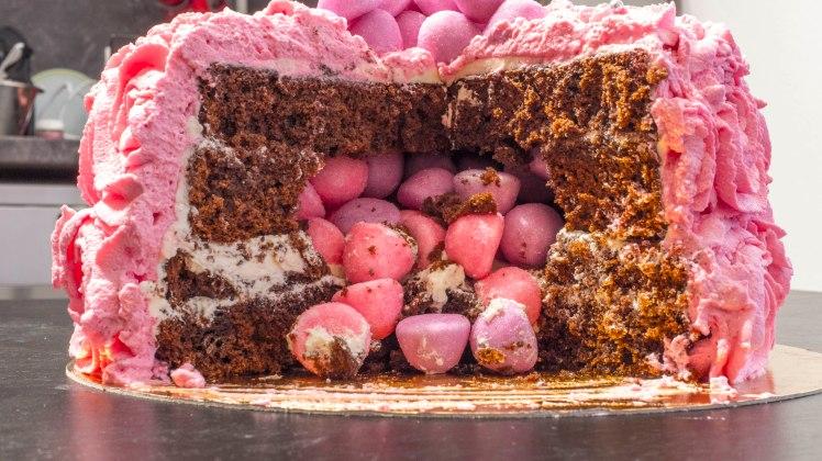cookinmovie-rosecake-3