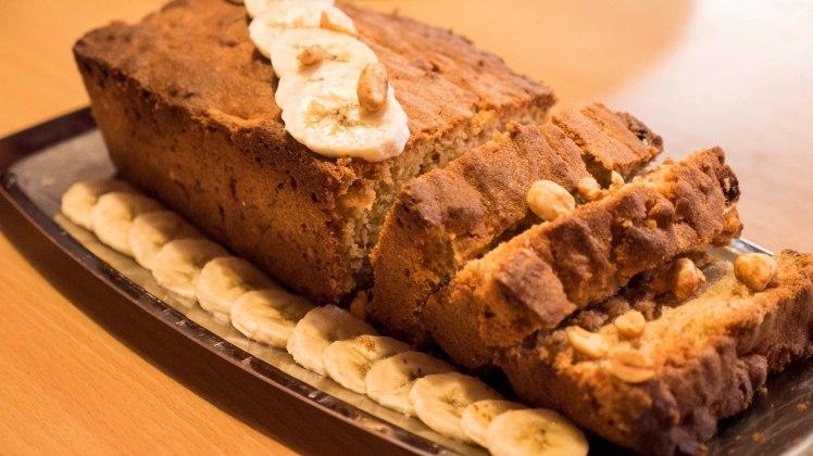 cookinmovie-banana-cake-cacahuete